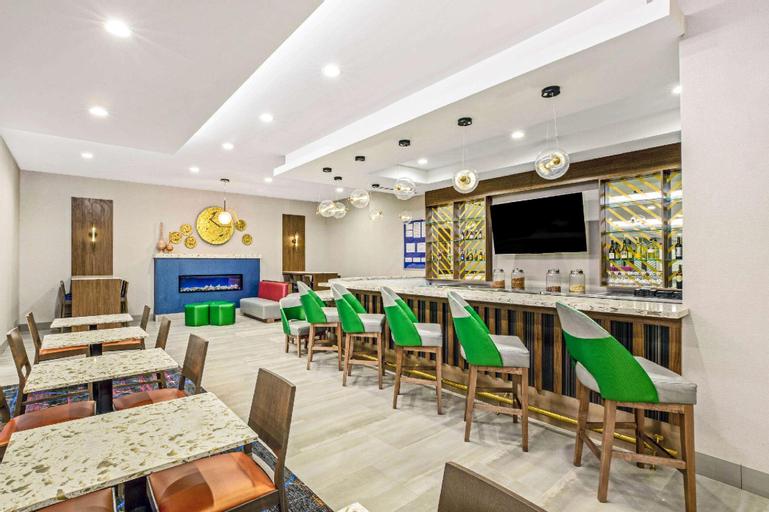 La Quinta Inn & Suites by Wyndham Waco Baylor Downtown (Pet-friendly), McLennan