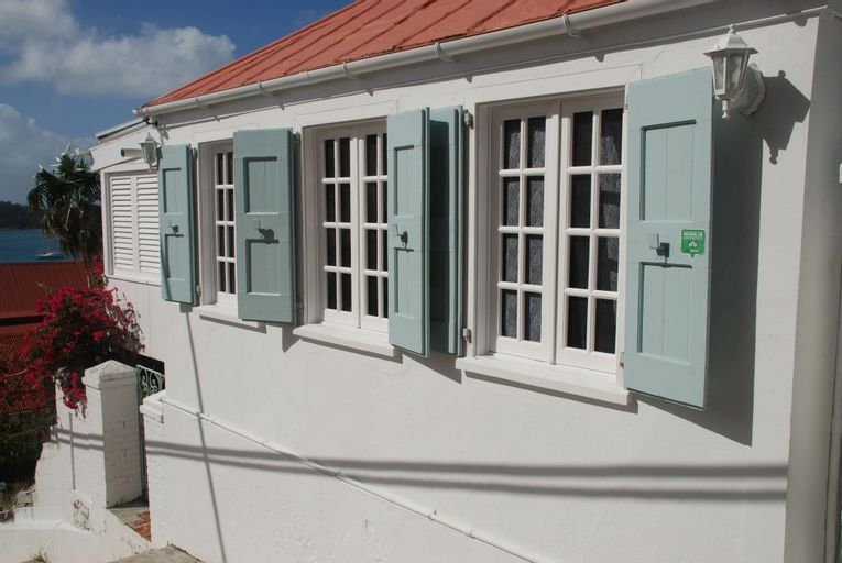 At Home in the Tropics B&B, Charlotte Amalie
