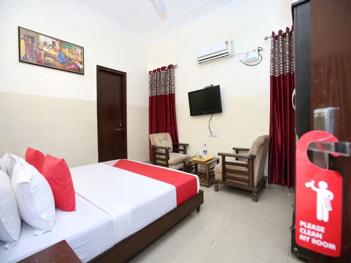 OYO 12934 Hotel Shivjot, Sahibzada Ajit Singh Nagar