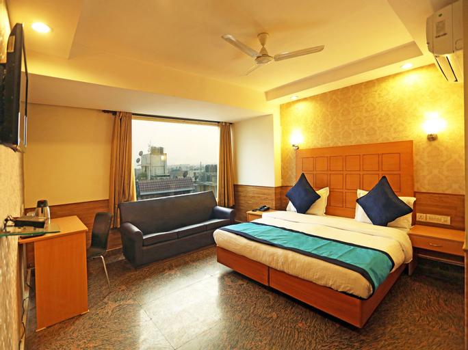 OYO 421 One Hotel, Gautam Buddha Nagar