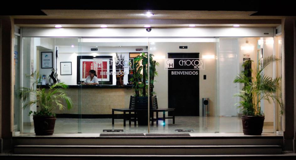Choco's Hotel, Centro