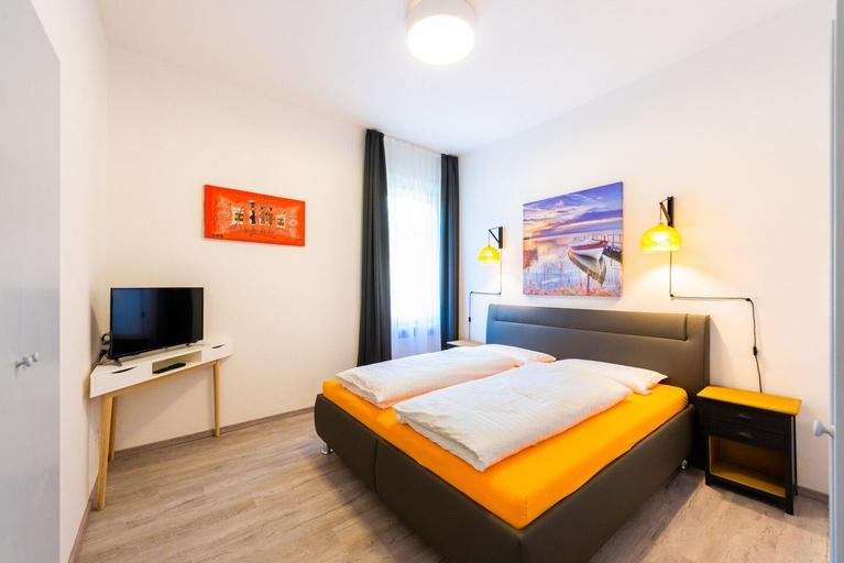 Lara's Guesthouse - Apartment Lara, Bolzano