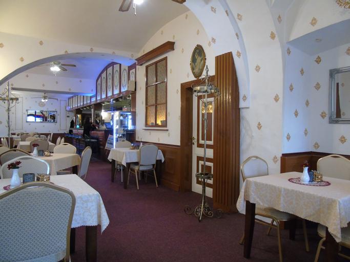 Grand Luxury Hotel, Trutnov