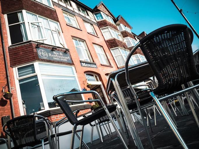 HQ Bar & Restaurant, Douglas