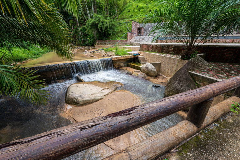 Bentong Eco Wellness Resort by CH Home Services, Bentong