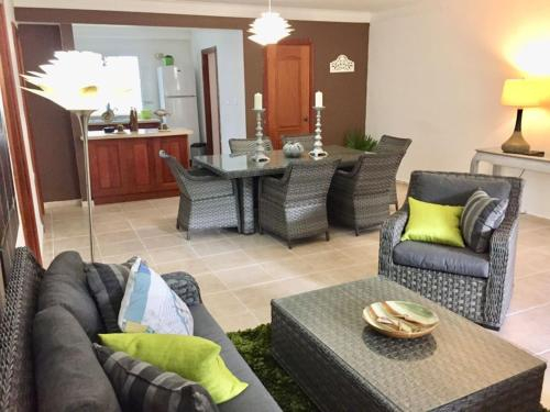 Los Corozos Apartment E1, Guavaberry Golf & Country Club, Guayacanes