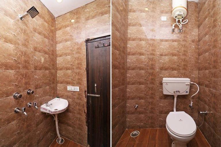 OYO 35698 Hotel Adb, Faridabad
