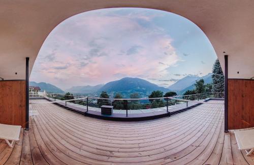 Panoramahotel Am Sonnenhang, Bolzano