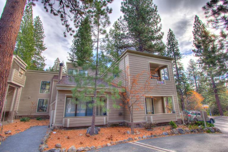 Tall Pines Retreat, Washoe
