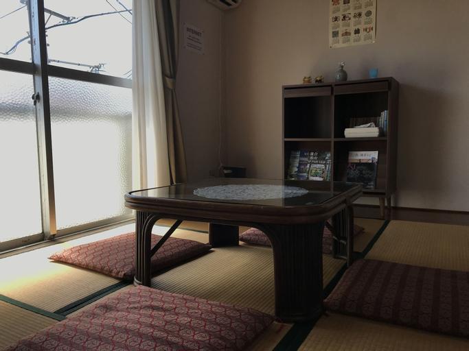 Yuigahama Apart, Kamakura