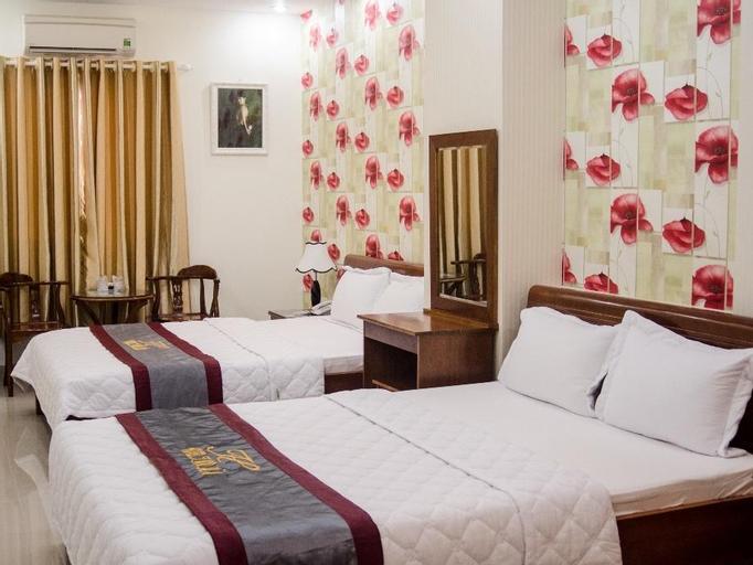 Thu Ha Hotel, Tân Bình