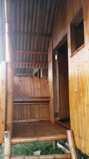 Banana Grove Backpackers Inn, El Nido
