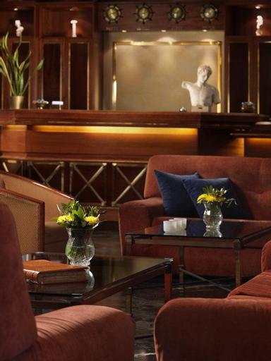Savoy Hotel, Attica