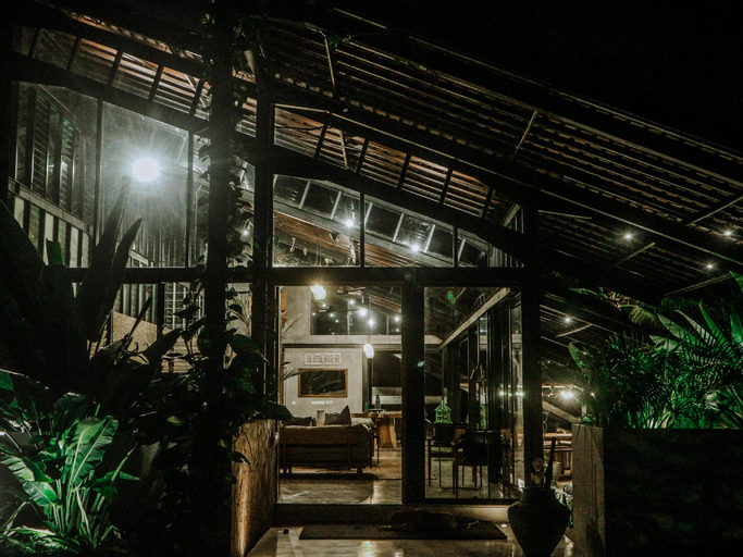 Villa Kiri - Luxury Seaview Pool Villa, Lombok