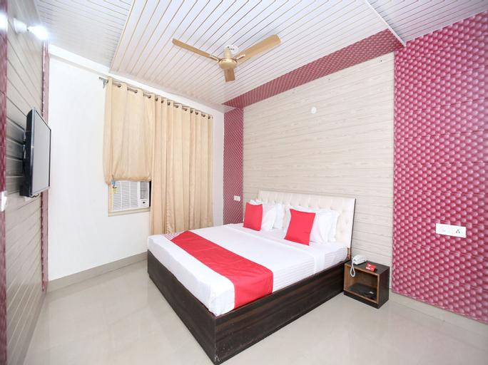 OYO 13368 Hotel Gold Star, Chandigarh