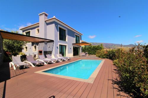 Eden Blue Villa, Calheta