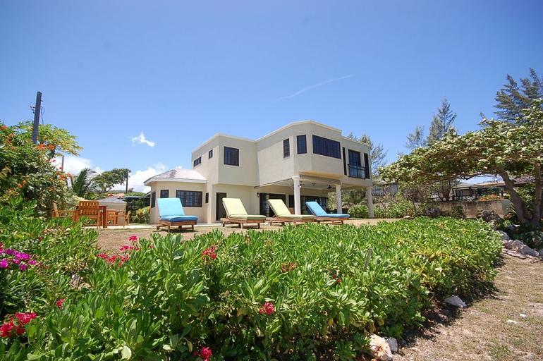Mai Tai Villa, 4BR by Jamaican Treasures,