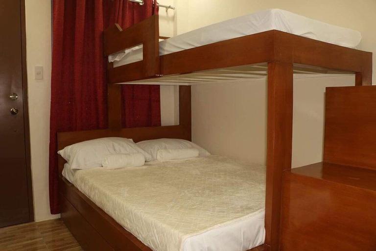 ZEN Rooms 3G Place Laoag, Laoag City