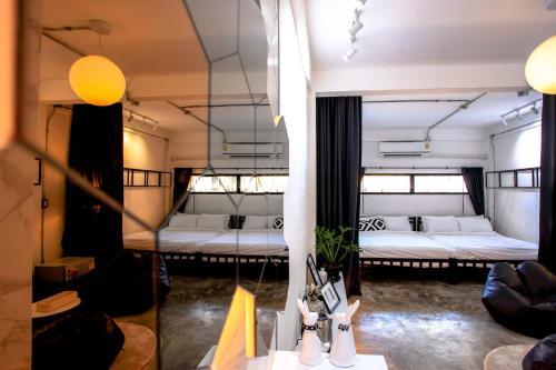 Hidden Habitat - Design Guesthouse, Pathum Wan