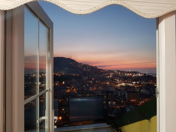 Trabzon Apart Nuralp, Merkez