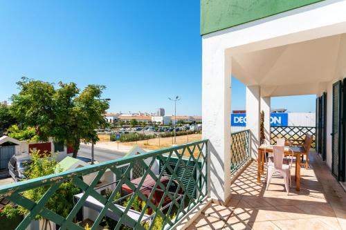Holiday house in elite residencial area of Faro, Faro