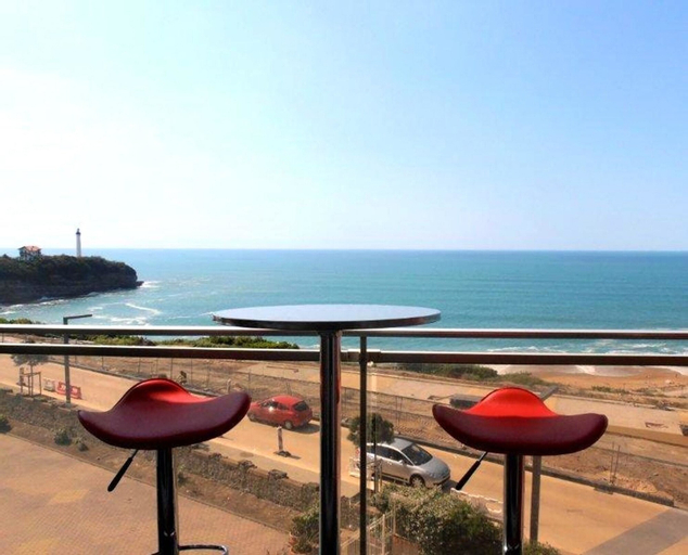 Apartment With one Bedroom in Anglet, With Wonderful sea View, Pool Ac, Pyrénées-Atlantiques