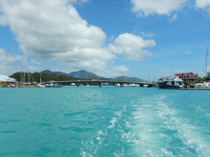 Eden Island Luxury Apartment Badamier 14,