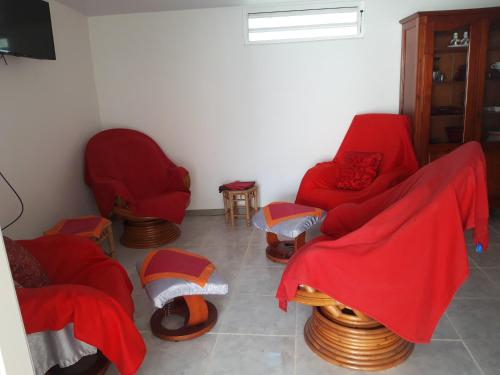 House with 2 bedrooms in Cayenne with terrace and WiFi 6 km from the beach, Rémire-Montjoly