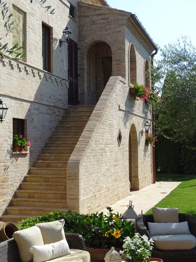 Monterosato Country House, Fermo