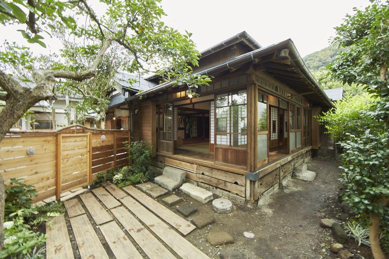 Minatonoakari, Hayama