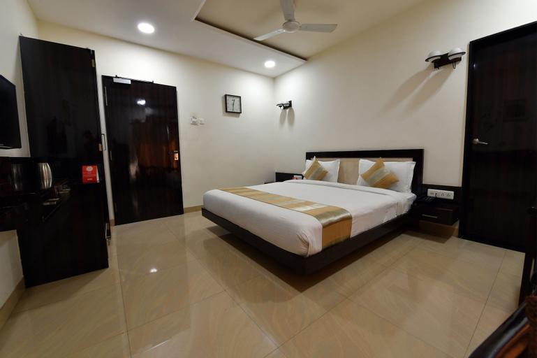 OYO 4155 Hotel The Sudesh, Raipur