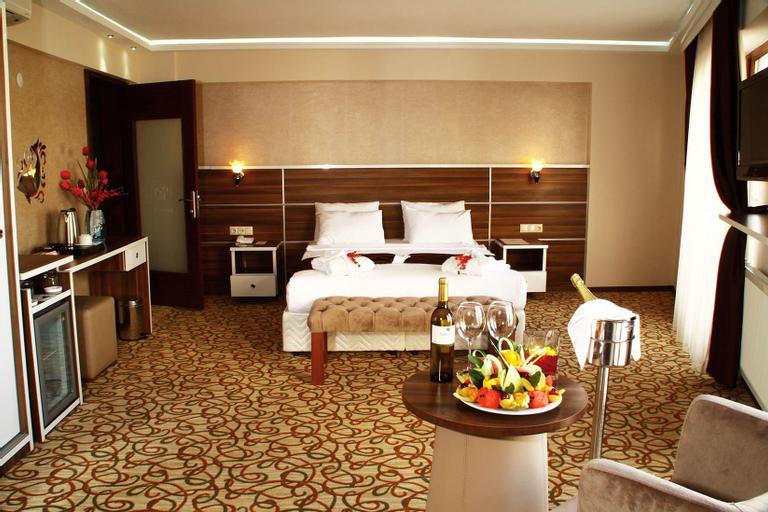 Perama Hotel, Bandırma