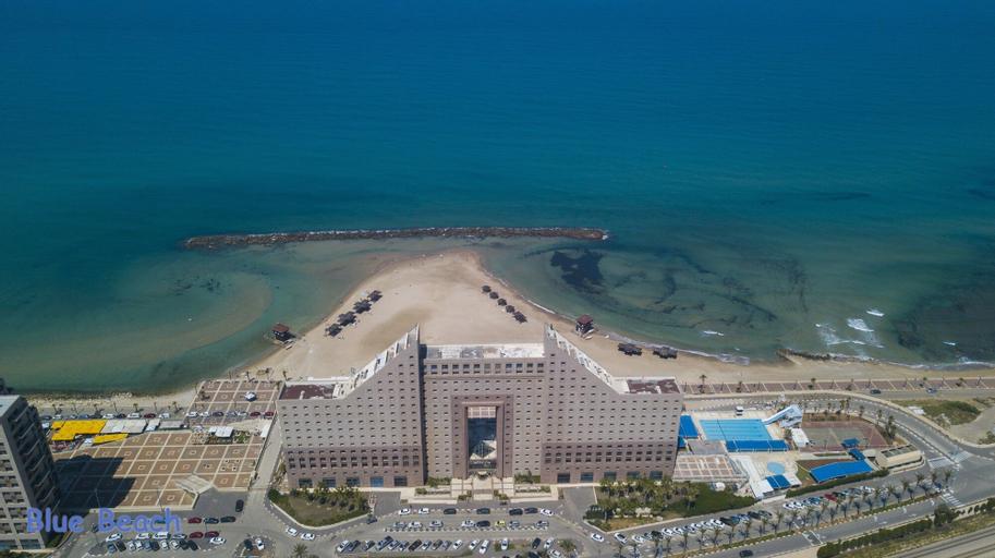 Blue Beach Apartment,
