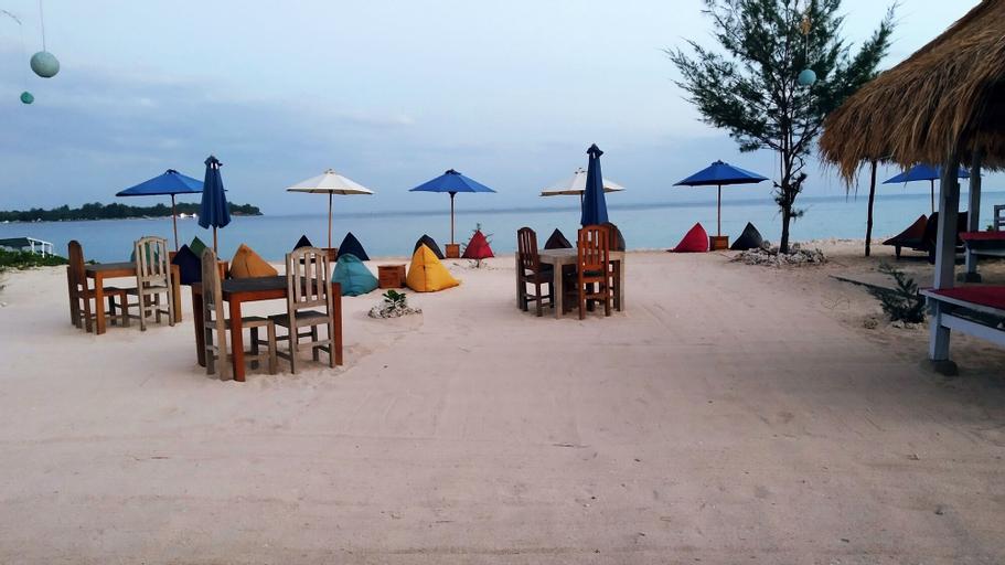 Sunset Beach Bungalow & Restaurant, Lombok