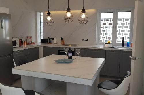 Penthouse with views in the heart of town, Gibraltar