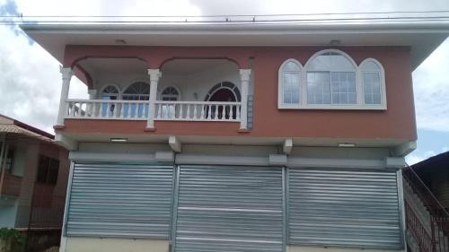 Sarah's Vacation Villa, Nw . Nickerie