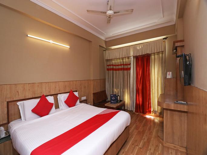 OYO 22075 Hotel Bali Palace, Reasi