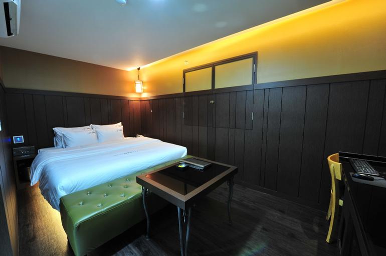 YTT Motel, Busanjin