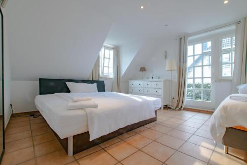 Tolstov-Aparthotels Generous 3 Room Apartment, Rhein-Kreis Neuss