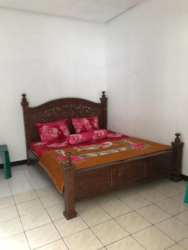 Villa 3 Putri 27, Malang
