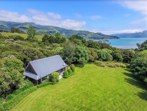 Tranquil Family Retreat, Christchurch