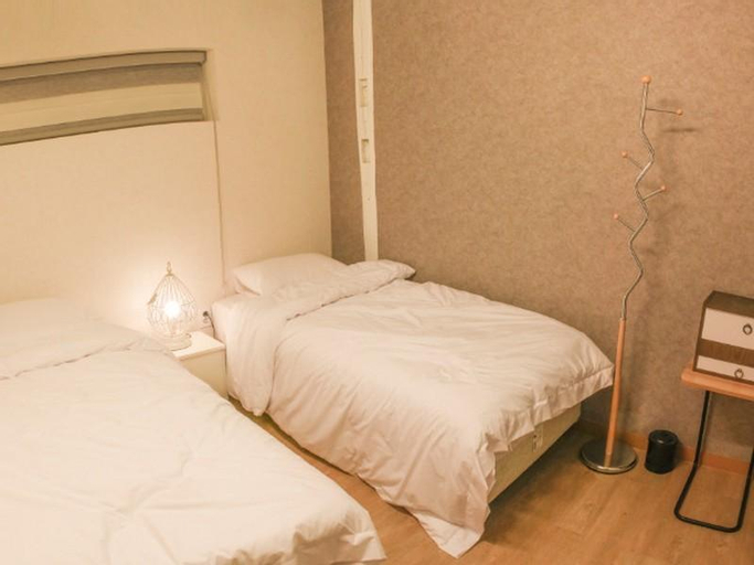 The Present Guesthouse, Seongbuk