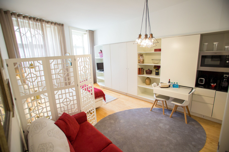 Almada Story Apartments by Porto City Hosts, Porto