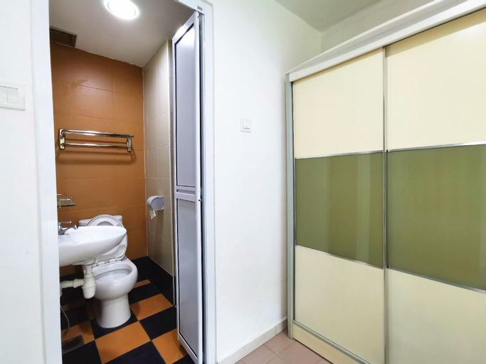 Private Bedroom I 01 Perindustrian Lukut Indah, Port Dickson