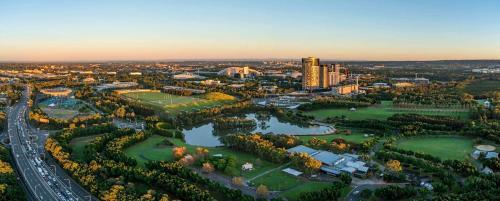 Executive Apartment Sydney Olympic Park, Auburn