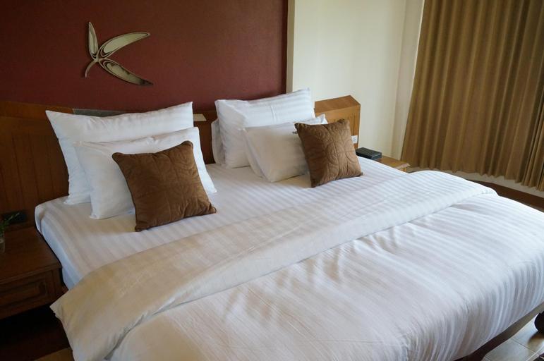 The Country Lake View Hotel, Muang Suphanburi