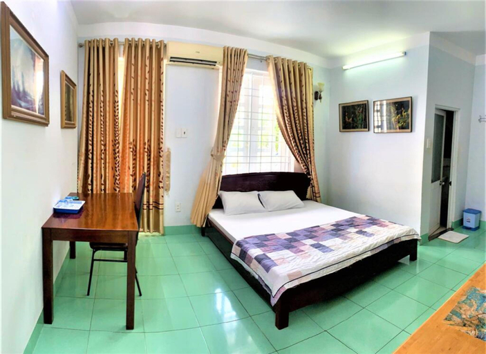 Khanh Hoa Hotel, Cần Giuộc