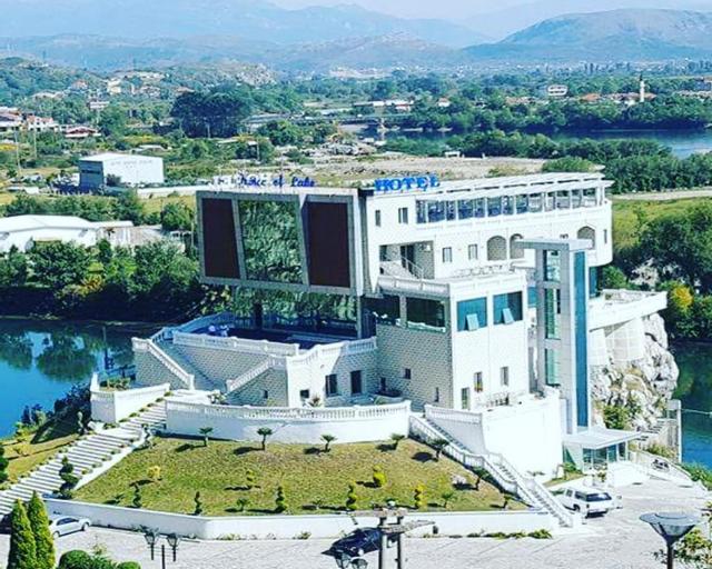 Prince of Lake Hotel, Shkodrës