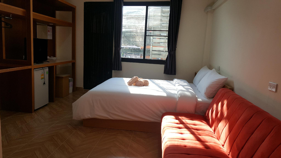 Double D (Large Double Room with Sofa), Bangkok Noi