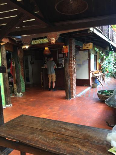 Shanti Lodge Bangkok, Dusit